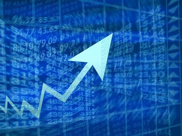 Borsa: chiude positiva con Europa, Ftse Mib +0,77%, su banche