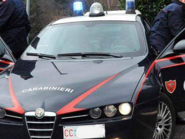 Femminicidio nel Casertano, uccide la compagna e si costituisce