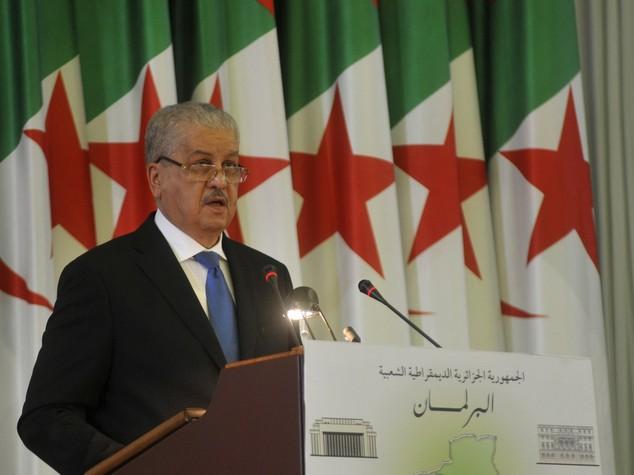 """Algeria: premier Sellal, """"ci prepariamo all'era post-petrolifera"""""""