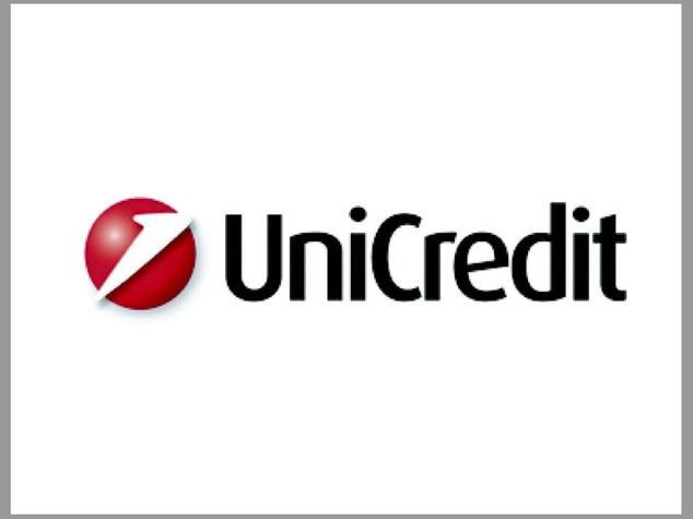 Unicredit, utile a 1,7 miliardi di euro. Dal cda fiducia a Ghizzoni