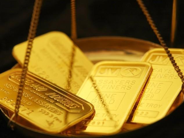 Oro: ai massimi di un anno, investitori cercano rifugio