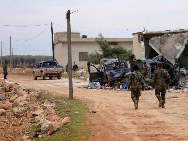Siria: curdi siriani si schierano con Assad e russi