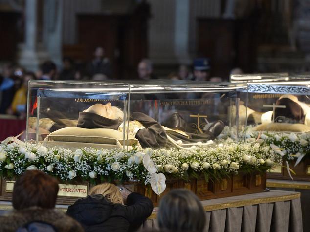 S.Pio: spoglie tornano a S.Giovanni Rotondo, sosta a Foggia