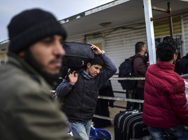 Sequestrati 7 centri per migranti sovraffollati e sporchi
