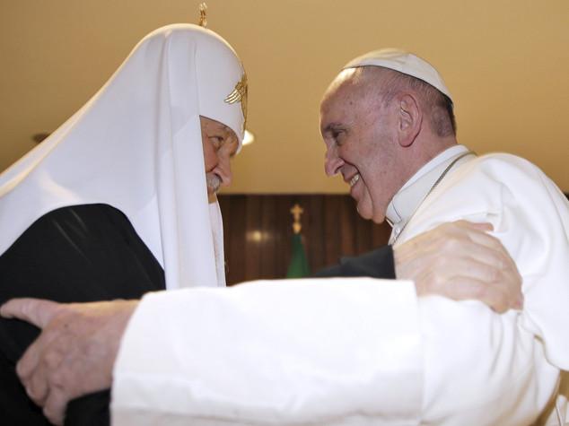 Papa e Kirill afflitti dalle guerre che si allargano