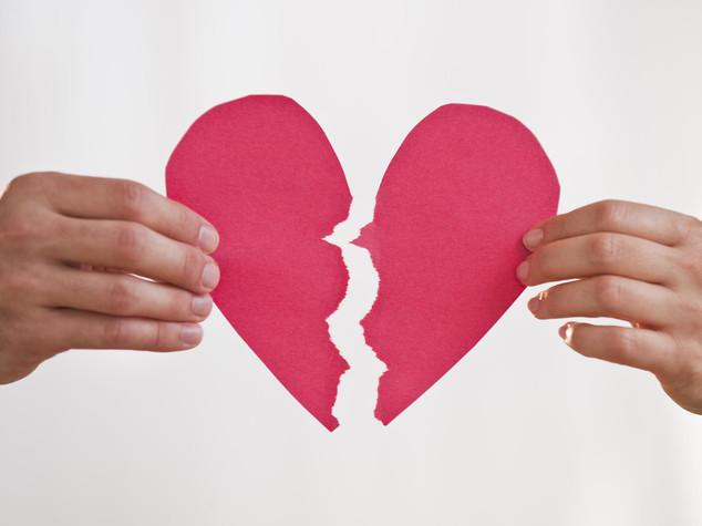 San Valentino: come mi disfo dei regali dell'ex, 10 annunci curiosi