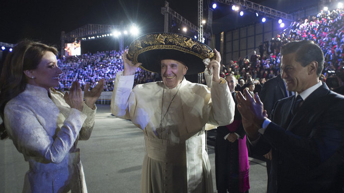Papa in Messico, narcotraffico è metastasi -  Foto