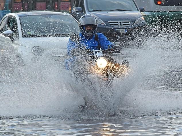 Maltempo: il ciclone Golia sull'Italia; nubifragi, vento e neve