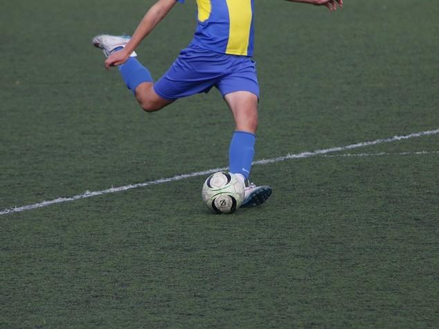 Tredicenne muore in Puglia dopo malore mentre gioca al calcio