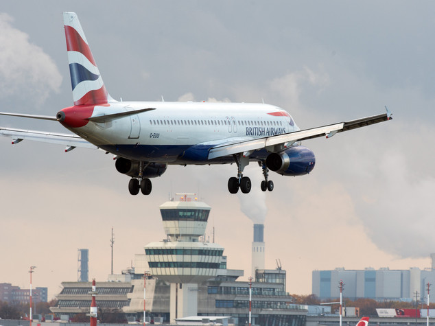 British Airways vieta le noccioline a bordo