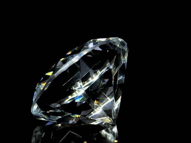 Le ceneri sono per sempre, ecco come si ricavano gioielli dalla cremazione
