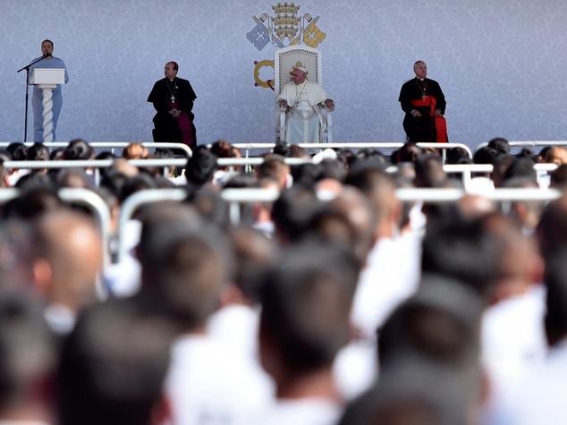 Papa: ai detenuti, non potevo non venire in Giubileo Misericordia