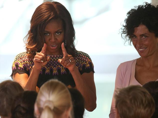 Michelle Obama a Expo con Agnese Renzi. Sasha e Malia in giro per i padiglioni - FOTO e VIDEO