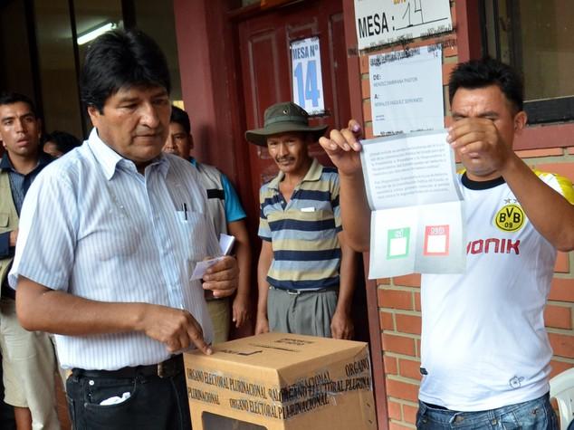 Evo Morales mastica amaro, no della Bolivia al quarto mandato