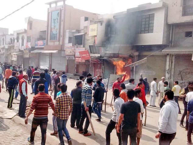 India, casta ribelle accetta proposta governo