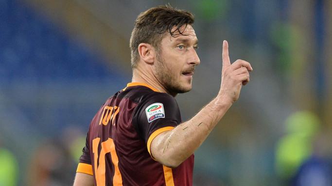 """L'annuncio di Totti: """"Da lunedì una nuova sfida"""""""