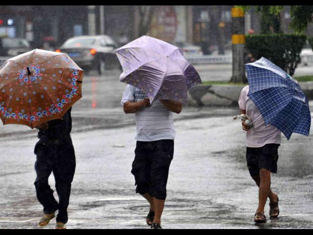 Arriva 'Flash Storm', pioggia e 'freddo' fino a venerdi' in tutta Italia