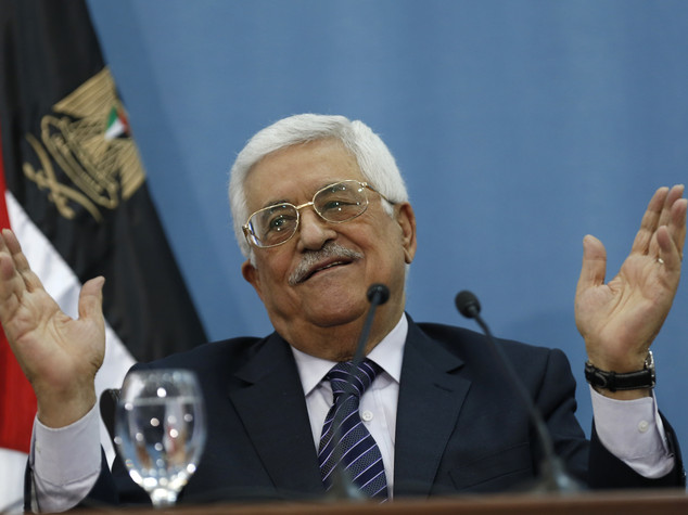 M.O.: Abu Mazen consegna medaglia Gerusalemme a Patriarca Twal