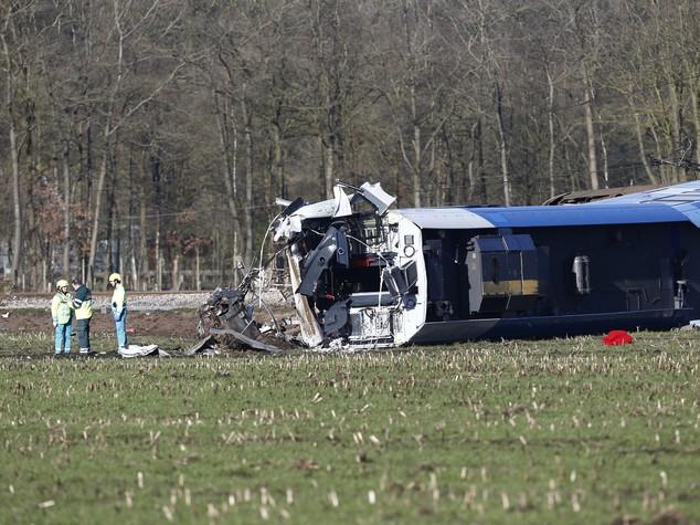 Tragedia in Olanda: deraglia treno, un morto e dieci feriti
