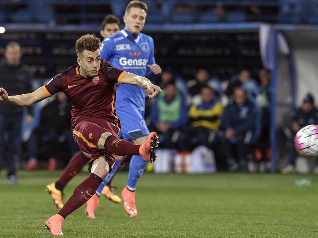 Roma vince 3-1 ad Empoli e torna al terzo posto. Milan-Torino 1-0