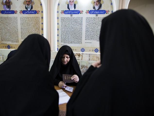 Iran: spettacolare vittoria a Teheran per riformisti e moderati