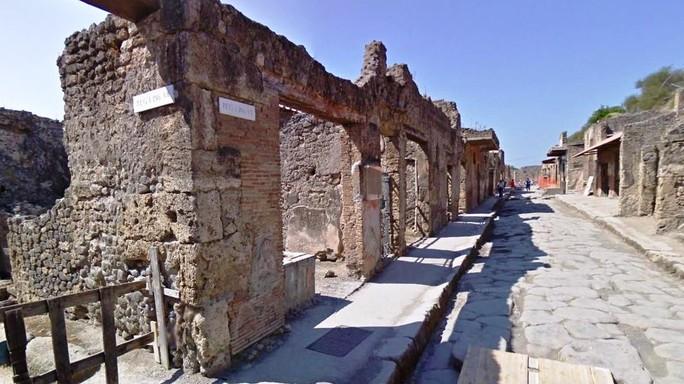 Vento forte agli scavi di Pompei, chiusi tratti via Abbondanza