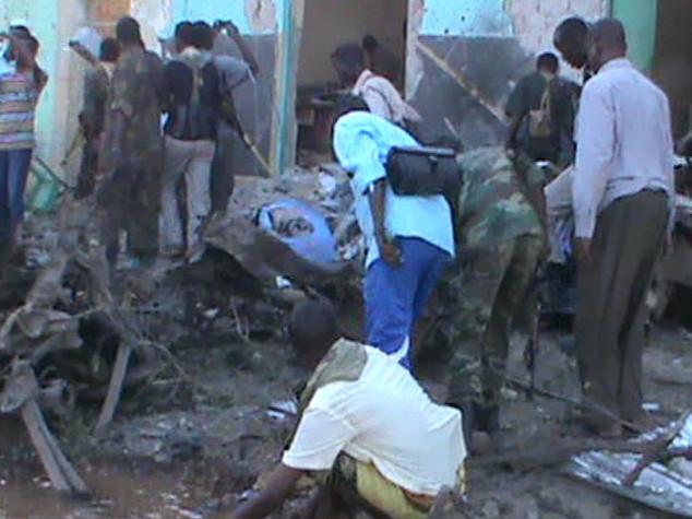 Autobomba e kamikaze in Somalia, 30 morti a Baidoa