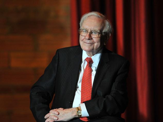 """""""Sgarbo"""" di Warren Buffett a Trump: Usa cresciuti con gli immigrati"""