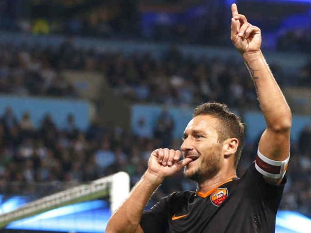 "Champions: stampa Gb impazzisce per Totti, ""Italian Maestro"" ""Legend"" ""Sublime"""