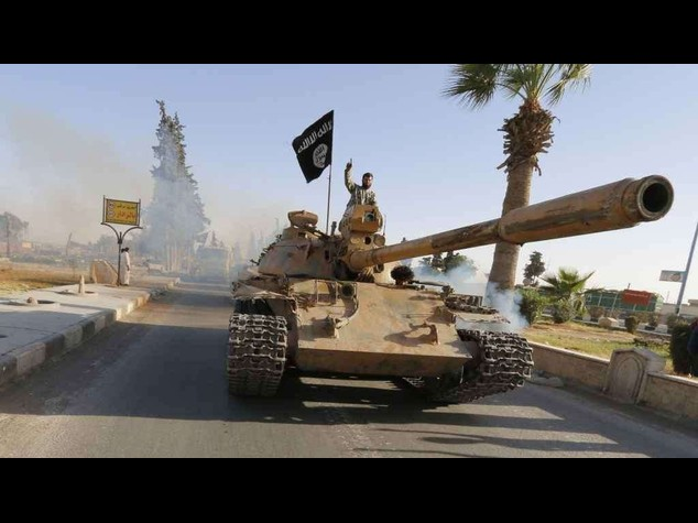 ISIS offensive in Iraq kills 2, 400