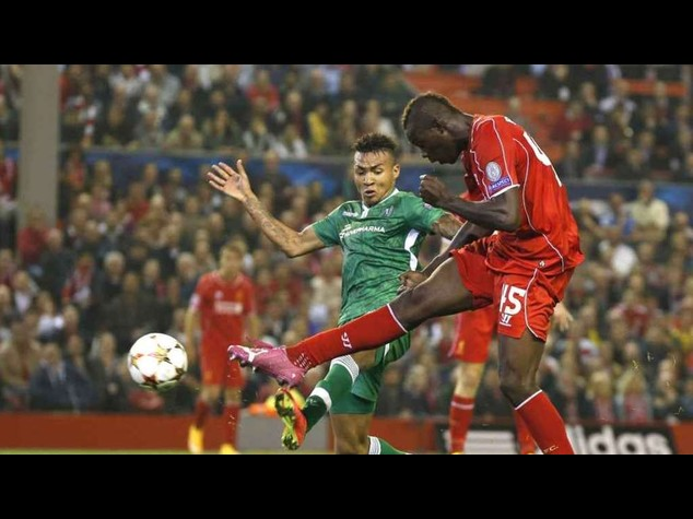 Balotelli criticised for not scoring for Liverpool