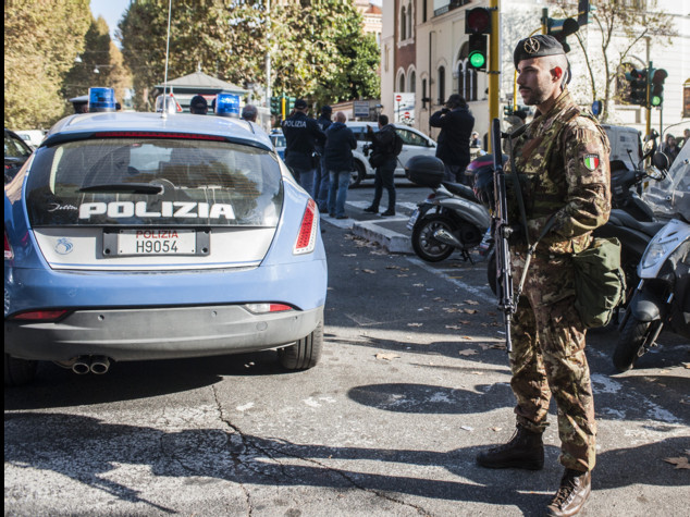 Renzi, in Italia non c'è una minaccia specifica