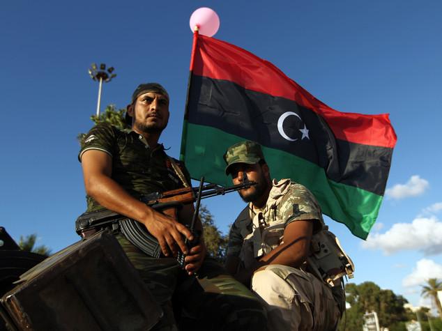 Libia, soldati del generale Haftar entrano a Ras Lanuf