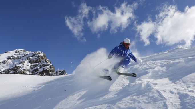 Finalmente neve, gli sciatori fanno festa