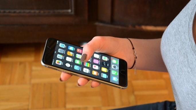 Dieci anni di iPhone, la leva che ha sollevato i bilanci di Apple