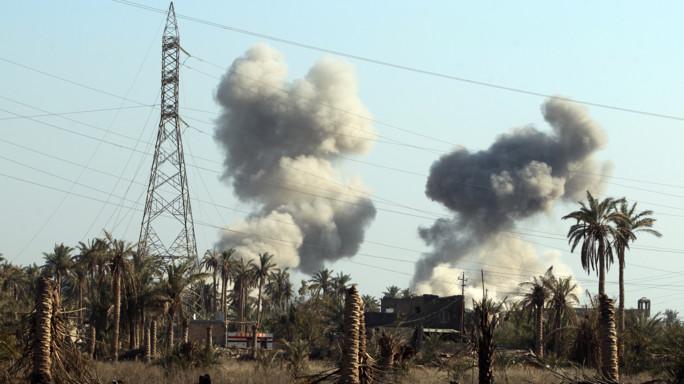 Catturato il chimico dell'Isis, bombardati laboratori in Iraq
