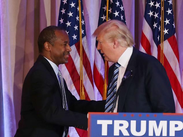 L'anti-Obama Carson si schiera con Trump