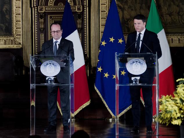 Renzi a vertice leader socialisti e progressisti all'Eliseo