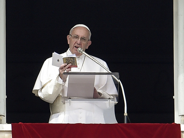 Papa, bene imparare a memoria le opere di Misericordia