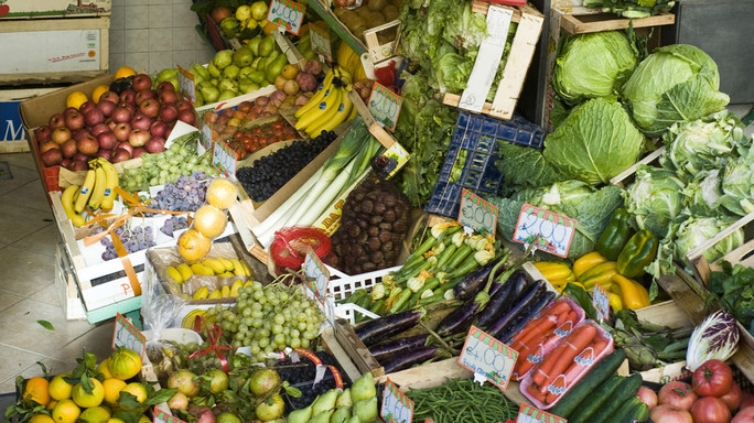 Frutta secca turca e peperoncino indiano, la black list dei cibi pericolosi