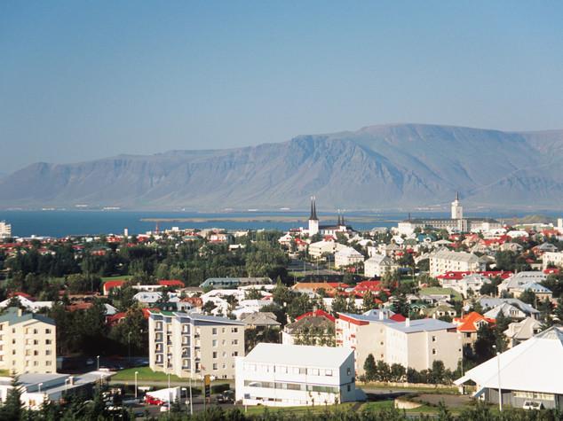 Johannesson eletto presidente Islanda, schiaffo ai politici