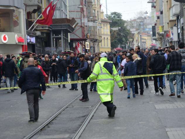 Turchia, kamikaze nel cuore di Istanbul: almeno quattro morti e 20 feriti