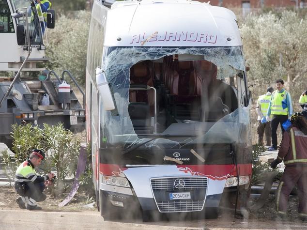 """Renzi partito per la Catalogna. Mattarella """"giorno triste per Italia e Europa"""""""