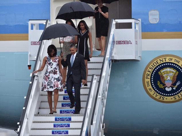 Granma 'saluta' Obama