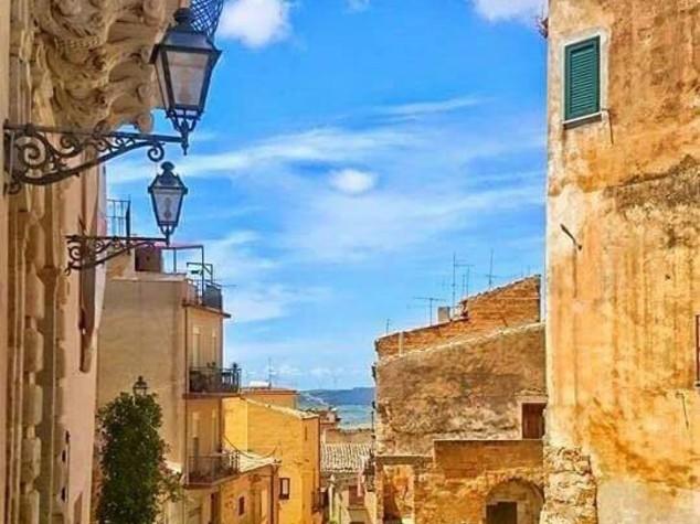 """Sambuca di Sicilia è il """"Borgo dei borghi"""""""