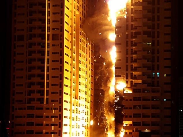 Inferno di cristallo a Dubai