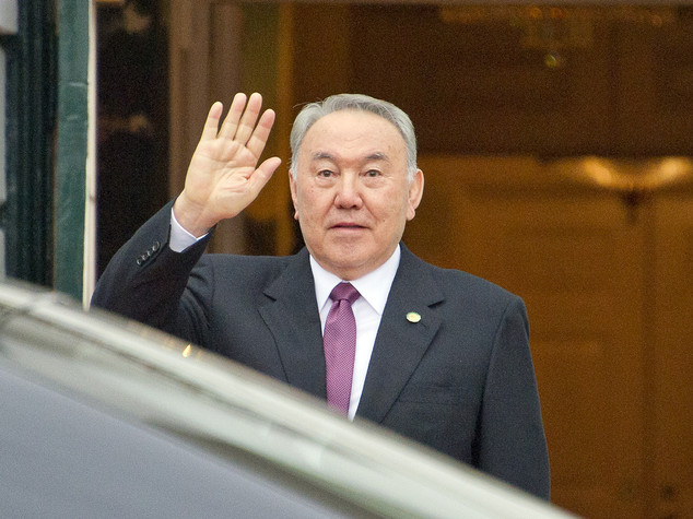 Kazakistan: Nazarbayev proposes free zone between Eeu and Sco