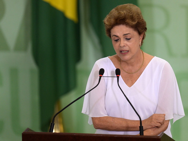 Brasile, arriva l'ok del Senato a impeachment Rousseff