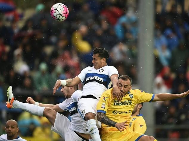 Inter prima trema e poi vince a Frosinone