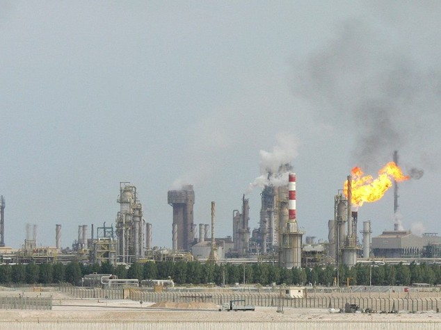 Petrolio: ministro Bahrein, bene strategia Opec, prezzo risalira'